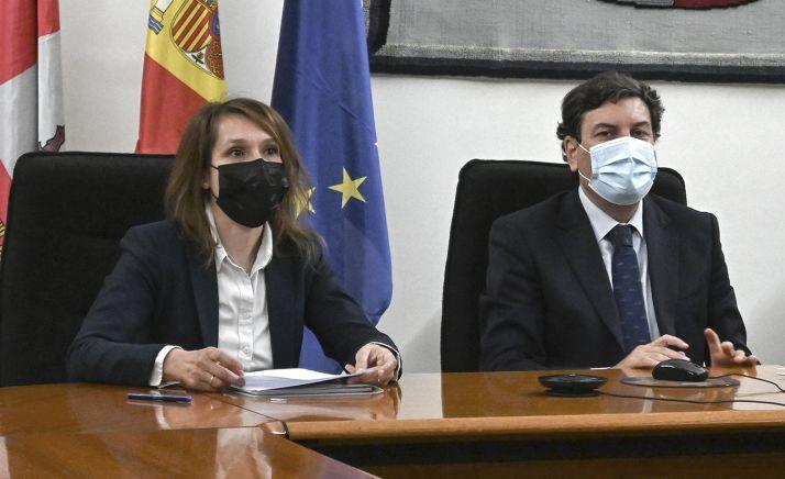 Lucas y Fernández, durante la constitución de la Mesa. /Jta.