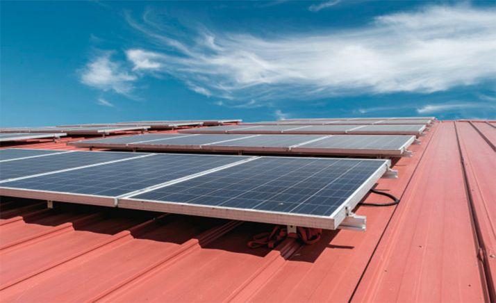 Foto 1 - Castilla y León instala 21 MW de potencia fotovoltaica de autoconsumo en lo que va de 2021, el triple que en todo 2020