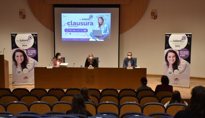 Foto 2 - Clausurada en Soria la primera edición del proyecto educativo STEM Talent Girl