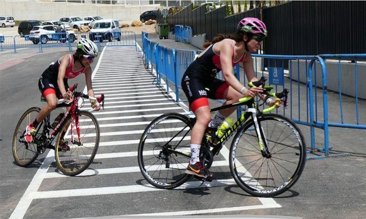 Foto 1 - Gran avance de las chicas del Triatlón Soriano