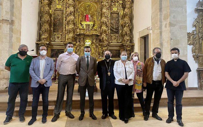 Foto 2 - La Junta interviene en el retablo mayor de la iglesia de Vadillo
