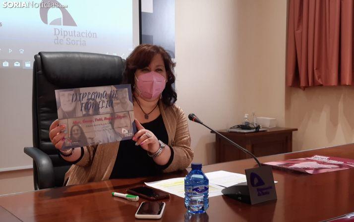 La Diputación invita a reflexionar sobre la importancia de la familia con una nueva actividad participativa