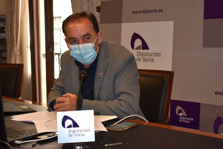 Benito Serrano durante la rueda de prensa de este lunes.