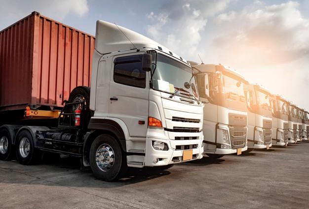 Foto 1 - Aprobada la lista ordenada de ofertas para el suministro de un camión basculante nuevo para el almacén municipal en Soria