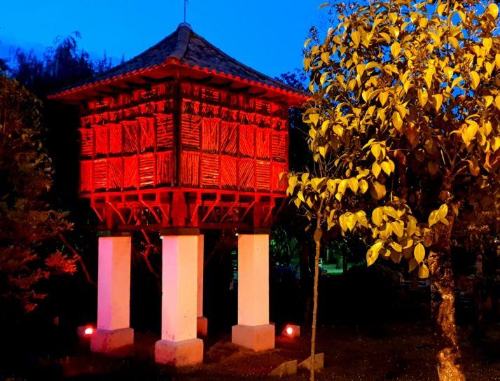 Foto 2 - Soria se ilumina de rojo en del Día Mundial de la Cruz Roja