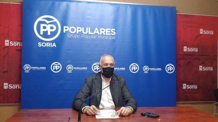 Foto 1 - Remacha pide al Ayuntamiento que se una a FOES ante su incapacidad para atraer empresas