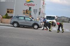 Foto 3 - Una persona herida por un accidente en la avenida de Valladolid