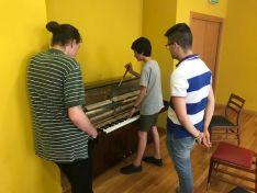Foto 3 - El mejor curso de afinación de pianos verticales y de cola regresa a Gijón