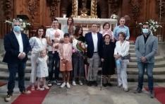 Una imagen de familia en el homenaje. /Dip.