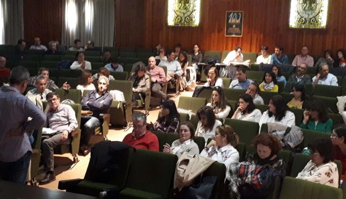 Secretarios y funcionarios muninicipales durante un curso de formación impartido en la Casa de la Tierra. /Dip.