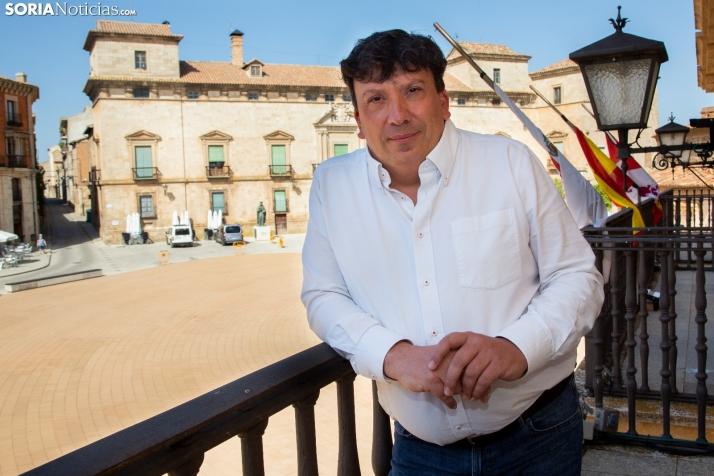 Jesús Cedazo, alcalde de Almazán. /María Ferrer