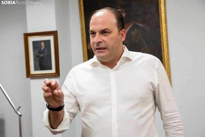 Miguel Cobo en su actual despacho. /María Ferrer