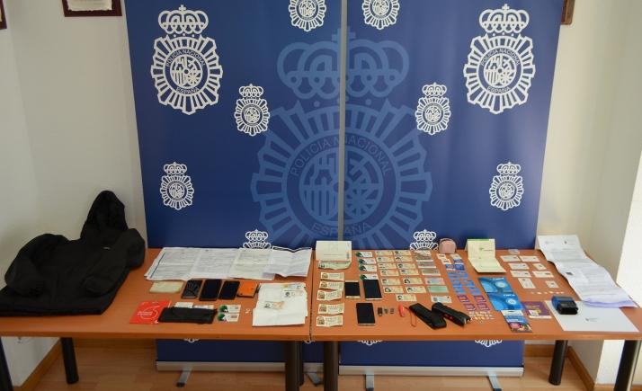 Efectos incautados en la operación policial. /SdG