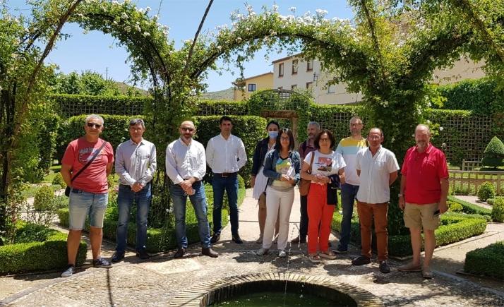 Asistentes a la reunión de hoy en Ágreda. /Proynerso