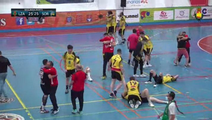 Foto 2 - BM Soria asciende a la División de Plata del balonmano español