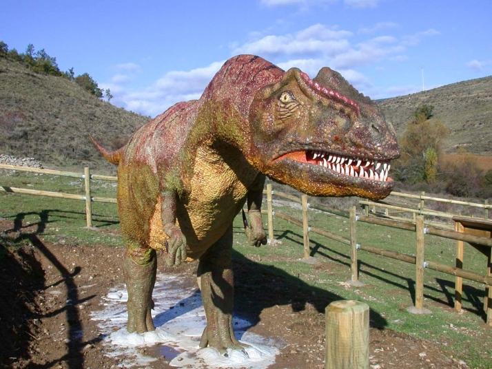 Foto 1 - Nuevas señalas para los dinosaurios en Tierras Altas