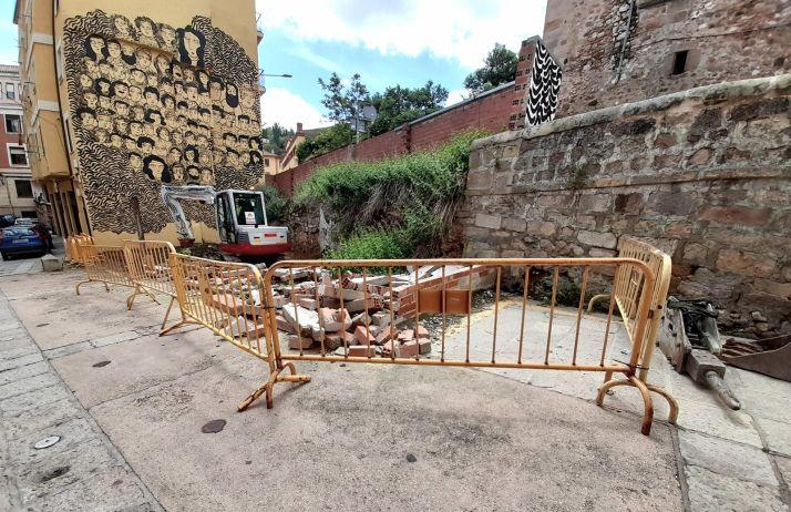 Foto 2 - El Ayuntamiento interviene de oficio en un solar del Casco
