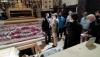 Una imagen de la visita del consejero al templo medinense. /SN