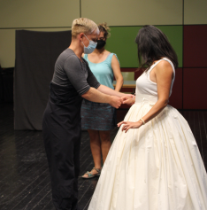 Foto 6 - Galería: Masterclass de danza histórica con Alberto Arcos.