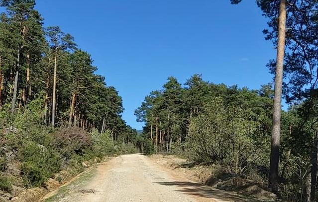 La carretera a Castroviejo estrenará único sentido en pocos días