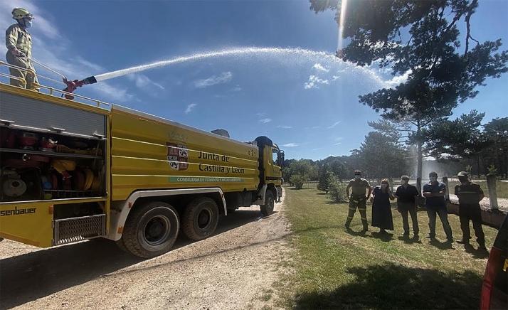 Casi 540 profesionales en Soria para defender al bosque del fuego