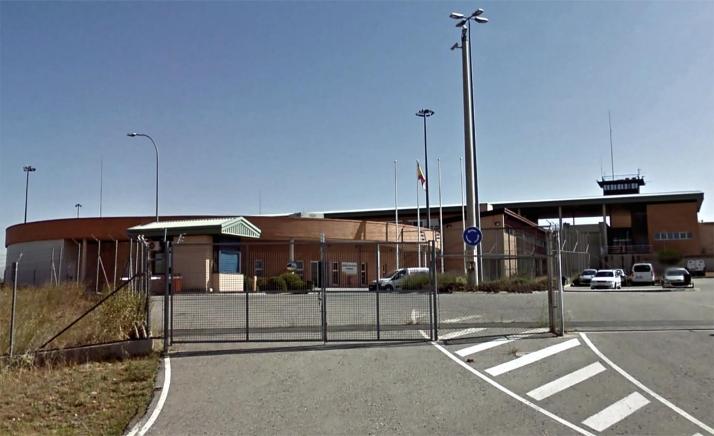 Condena de 23 meses a un preso que agredió a tres funcionarios de Segovia en 2019