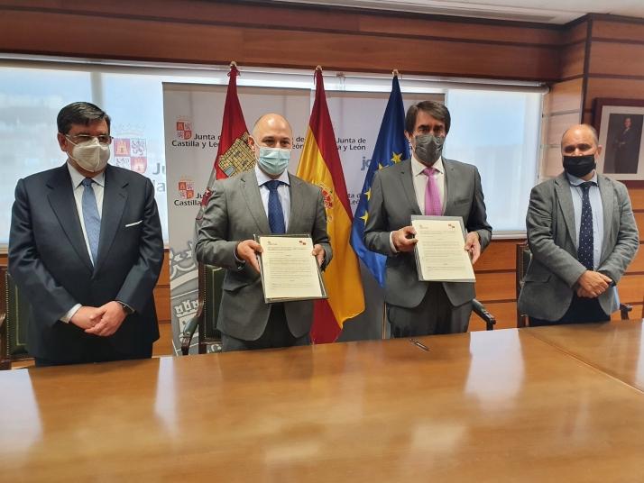 La Junta financiará el 75% de los permisos necesarios para ser transportista en Castilla y León