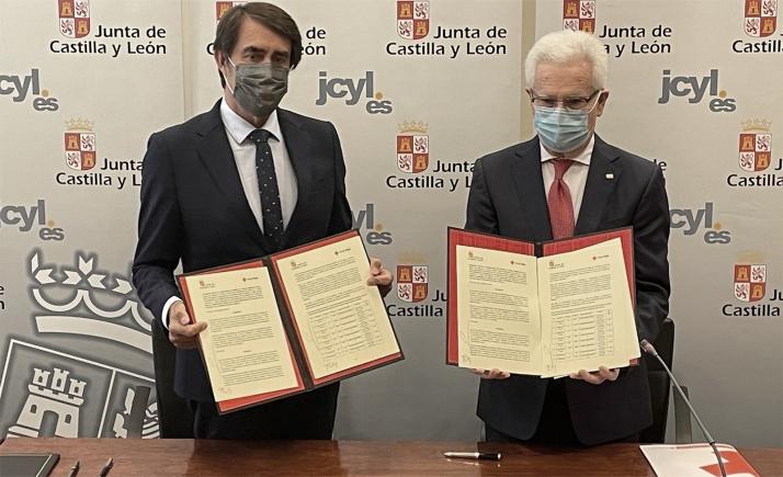 Junta y Cruz Roja suscriben un convenio de repoblación forestal para crear sumideros de carbono en parcelas de titularidad regional