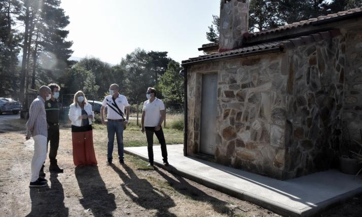 La Junta rehabilita un edificio de viviendas forestales en El Quintanarejo