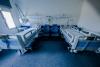 Un habitación de un hospital de Castilla y León completamente vacía.