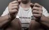 Foto 1 - Confirmada la condena a un hombre por apuñalar a otros dos tras discutir en un pub de Astorga