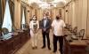 Zurdo, Serrano y Navarro en el Salón Blanco del Palacio Provincial.
