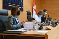 El PSOE reprocha a Rocío Lucas ser más consejera del Partido Popular que de la Comunidad Educat