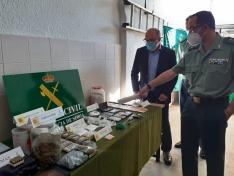 El subdelegado y el teniente coronel de la Comandancia durante la presentación de las operaciones. /SN