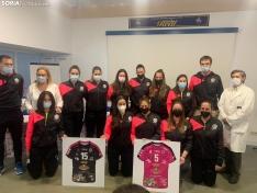 Presentación del equipo femenino.