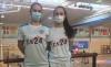Daniela Corchón y Ana Peñaranda en las instalaciones de Soto de la Marina. /CBS-CS24