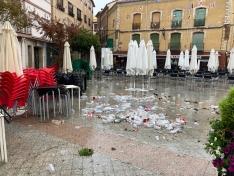 Calles sucias en Ágreda tras la fiesta