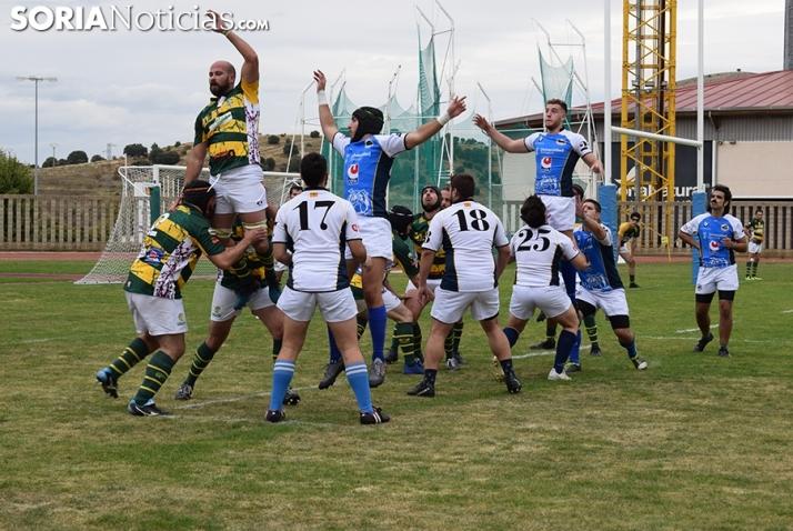 Galería: los aficionados sorianos al rugby se reencuentran con su deporte y con su equipo, el Ingenieros Soria