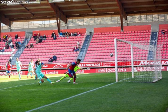 Galería: Revive las mejores imágenes del Numancia 3-1 Huesca B